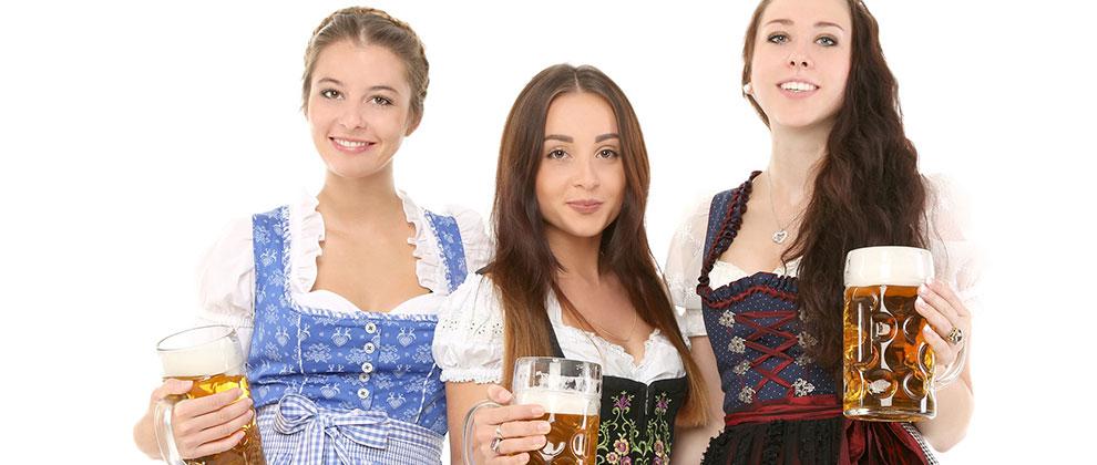 narodna noša in pivo