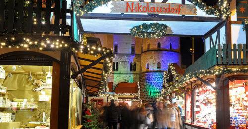 Weihnachtsmarkt am Rudolfplatz, Köln (Foto: Marco Verch)
