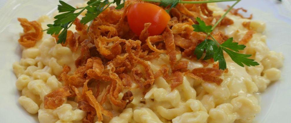 Käsespätzle je priljubljena jed.